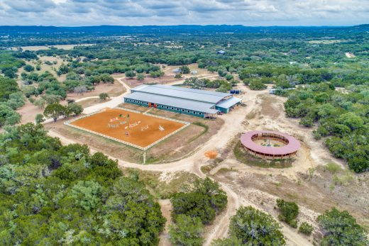 Large Equestrian Property