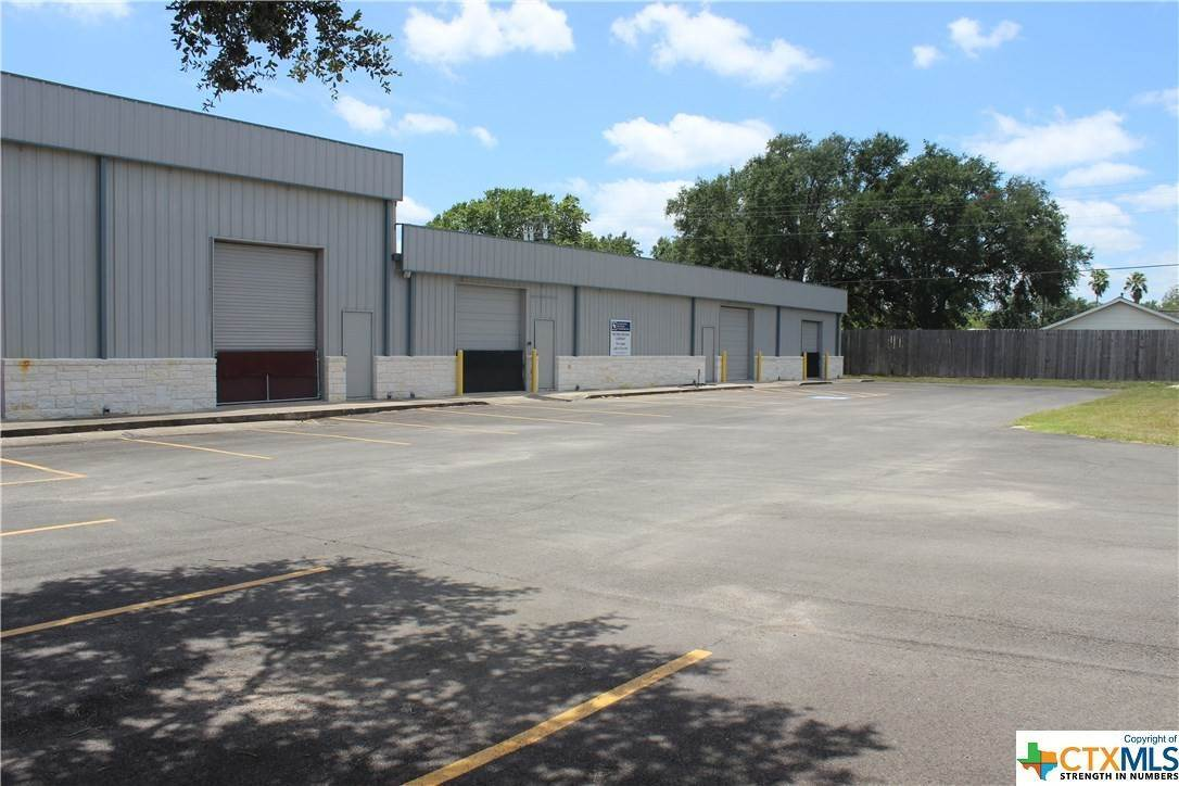 Industrial for Rent at 205 Glascow B Victoria, Texas 77904 United States